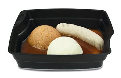 Passiertes Menü Nr. 28 in der Schale: Schweinebratwurst, Ratatouille, Nudeln