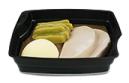Passiertes Menü Nr. 11 in der Schale: Schweinesteak, Bohnen, Kartoffeln