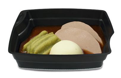 Passiertes Menü Nr. 19 in der Schale: Rinderbraten, Bohnen, Nudeln