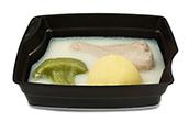 Passiertes Menü Nr. 7 in der Schale: Brathähnchen, Brokkoli, Curry-Reis